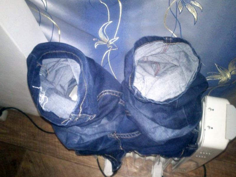 просушивание джинсов на радиаторе